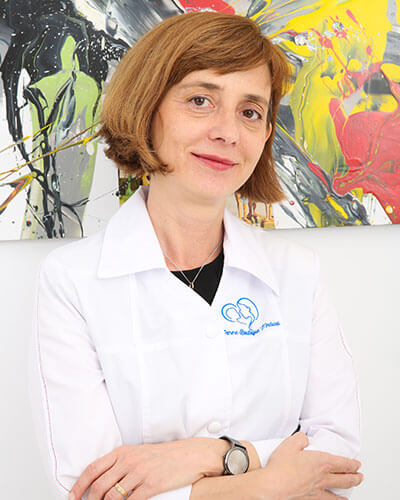 Dr. Adela Dinu - medic primar medicina nucleara. Competenta in medicina nucleara Femme Boutique Medical I Femmeboutiquemedical.com
