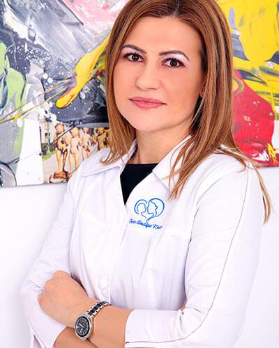 Dr. Adina Lungu - medic primar obstetrica - ginecologie, medicina materno - fetala Femme Boutique Medical I Femmeboutiquemedical.com