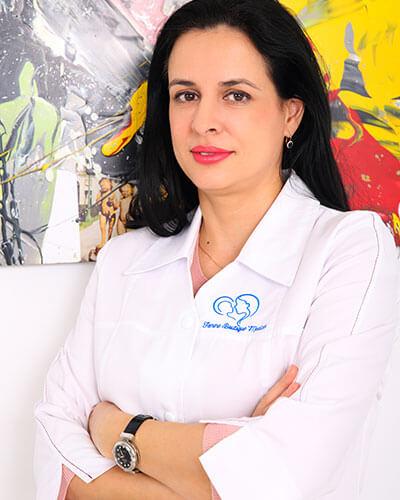Dr. Aida Petca - medic primar obstetrica - ginecologie Femme Boutique Medical I Femmeboutiquemedical.com