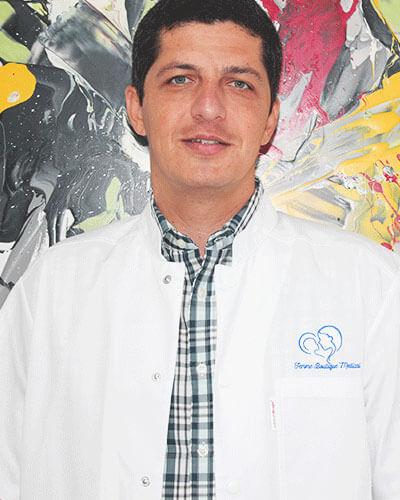 Dr. Ioan Boleac - medic primar obstetrica - ginecologie, supraspecializare FIV Femme Boutique Medical I Femmeboutiquemedical.com