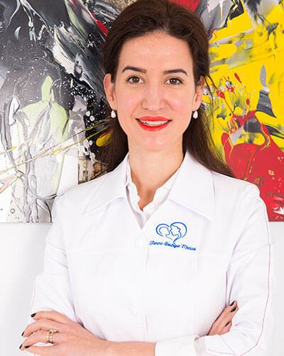 Dr. Ioana Dragan - medic specialist obstetrica - ginecologie, medicina materno - fetala Femme Boutique Medical I Femmeboutiquemedical.com