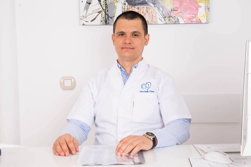 Dr. Florian Robe - medic specialist obstetrica - ginecologie I Femmeboutiquemedical.com
