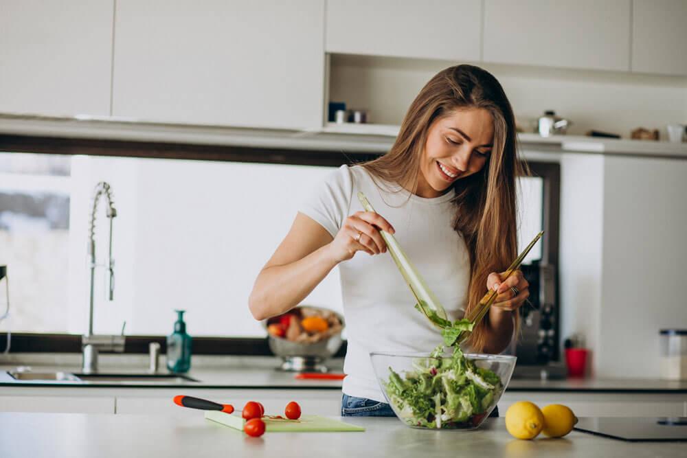 Tiroida – glanda care da ritmul vietii noastre I Dr. Cristina Damian - medic specialist obstetrica - ginecologie I Femmeboutiquemedical.com