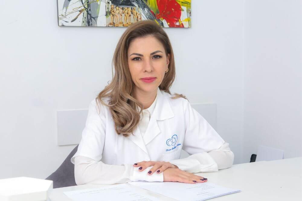 Substituția hormonală la menopauză - ce recomandă specialiștii?   Clinica Medicum