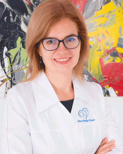 Dr. Suzana Minodora Craciun - medic primar obstetrica - ginecologie Femme Boutique Medical I Femmeboutiquemedical.com