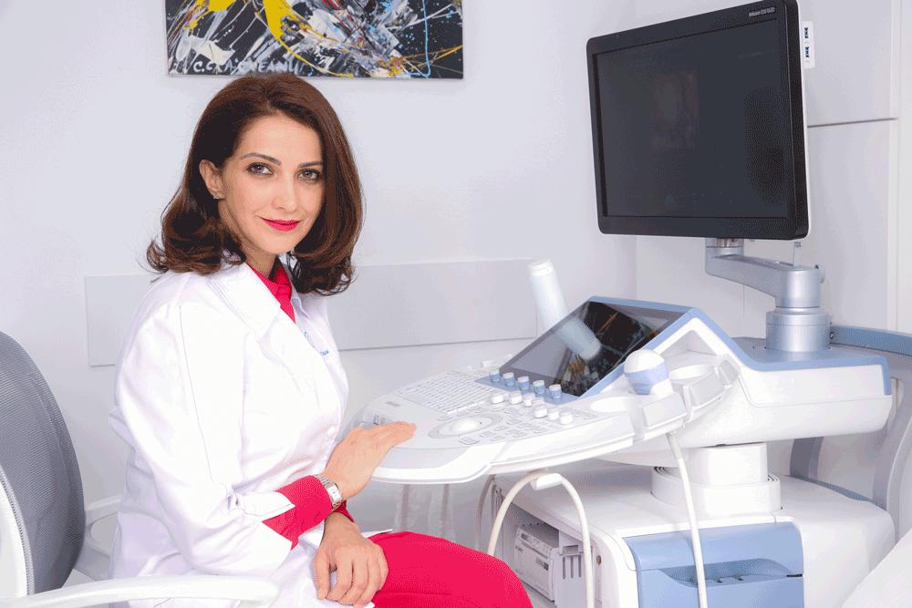 Dr. Ana Marya Vayna - medic primar obstetrica - ginecologie si medicina materno fetala I Femmeboutiquemedical.com