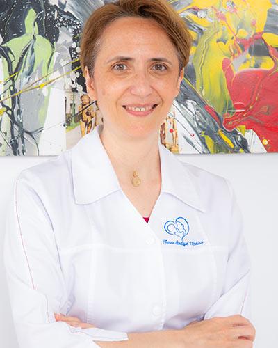 Dr. Anca Coricovac - Medic primar obstetrică ginecologie. Competență infertilitatea cuplului și reproducere umană asistată, embriologie I Femmeboutiquemedical.com
