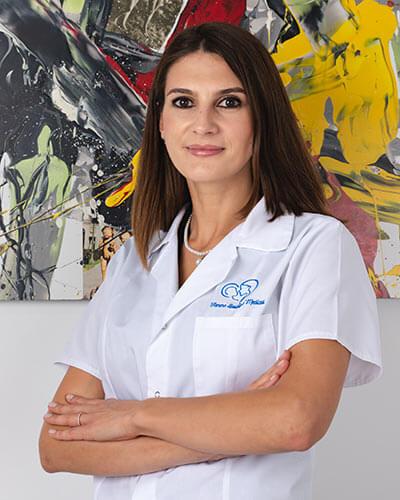 Dr. Valentina Safta - Medic specialist obstetrica - ginecologie I Femmeboutiquemedical.com